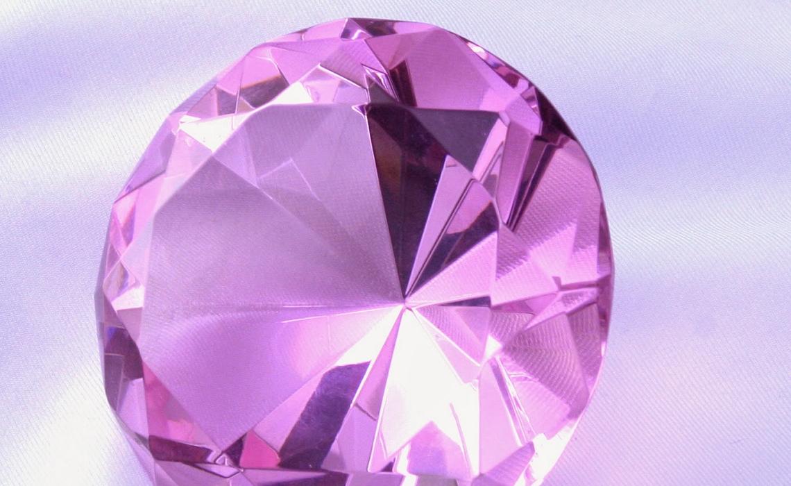 Piedras preciosas y sus significados for Cual es el color piedra